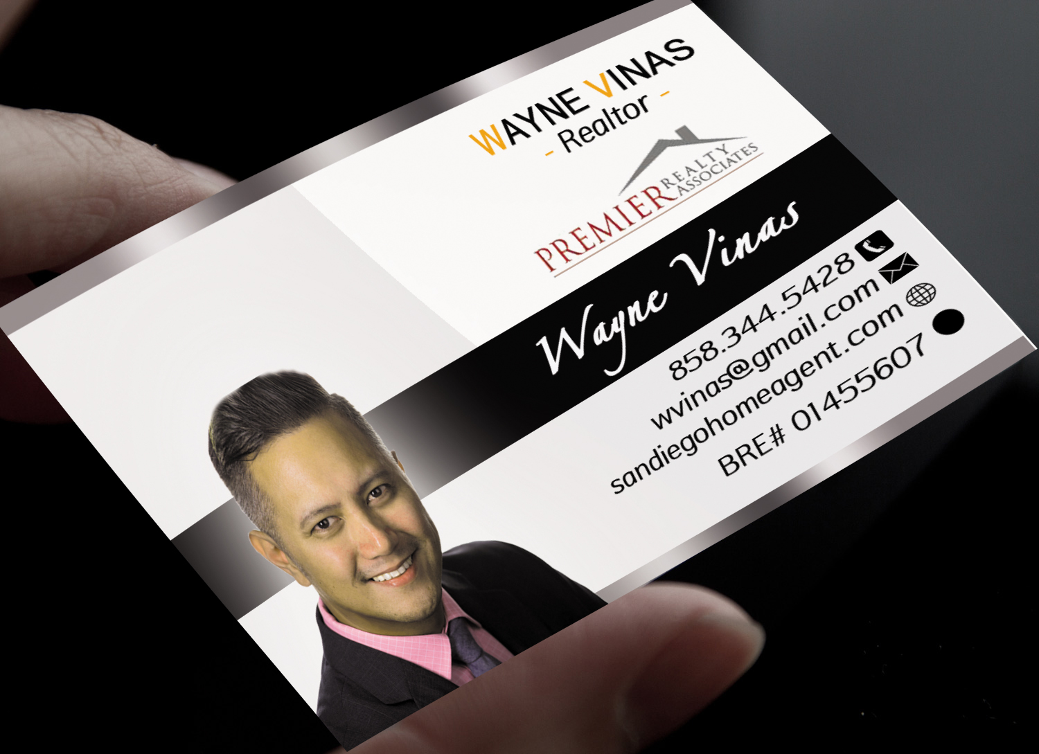 Serious modern real estate agent business card design for a business card design by death dealer for this project design 7426806 colourmoves