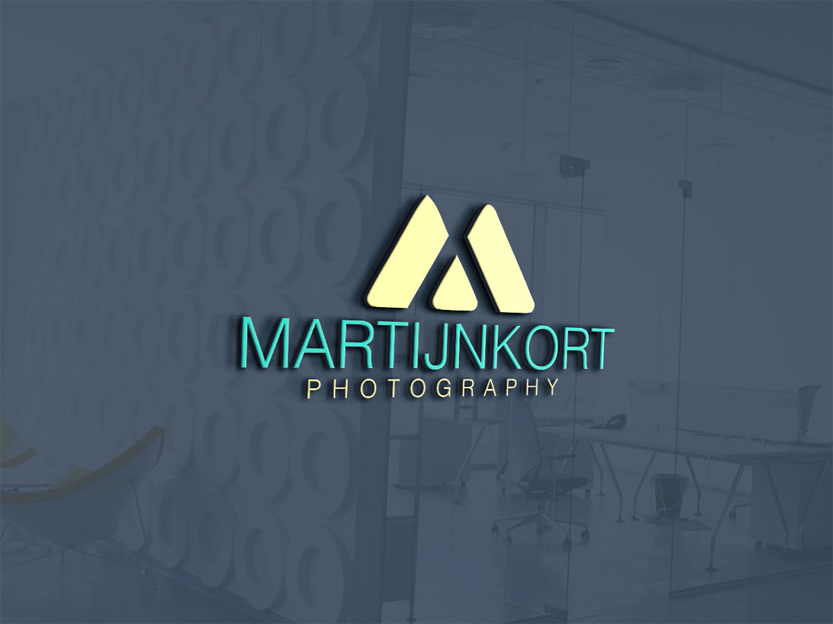 Modern Upmarket Professional Photography Logo Design For