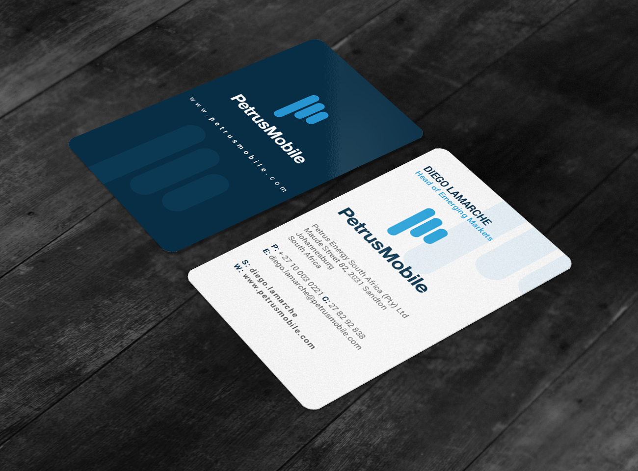 Elegant, Serious, Wireless Communication Business Card Design for ...