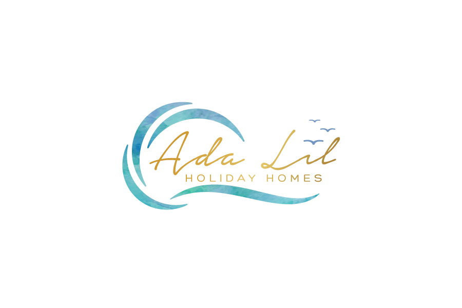 Holiday Homes by the Beach logo by 	 jaime.sp