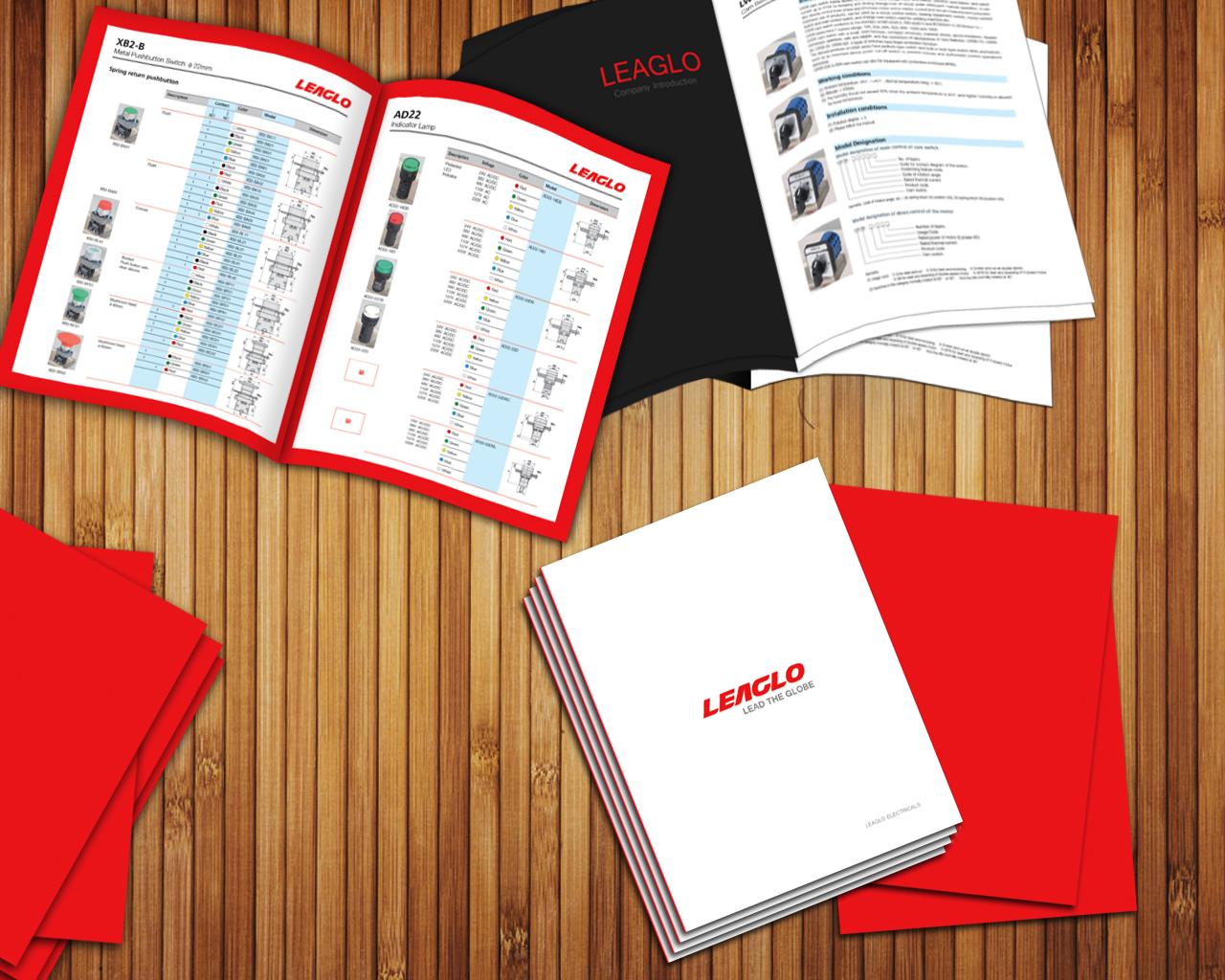 Elegant spielerisch katalog design for a company by sisu for Design katalog